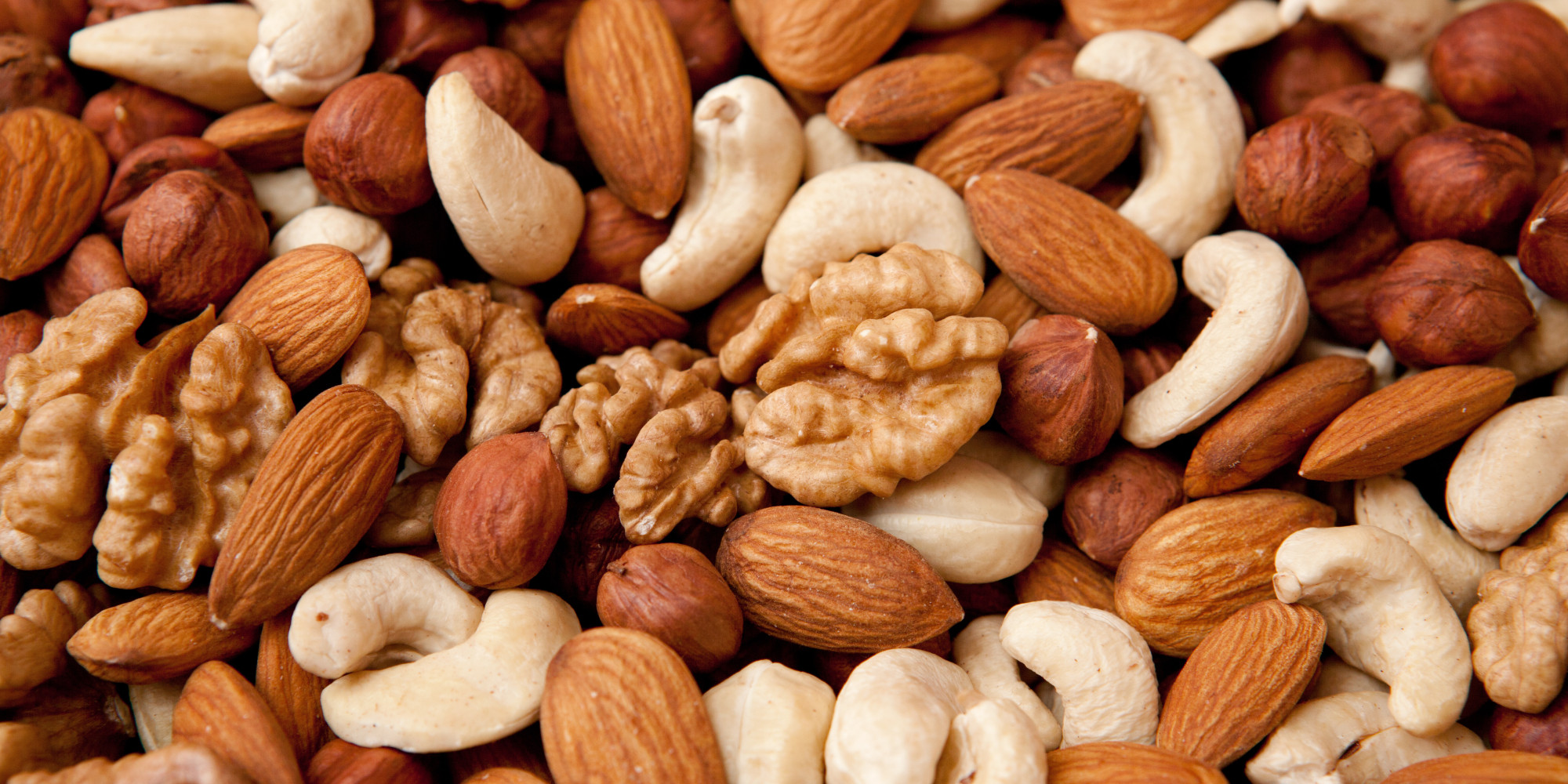 http://quantitativemedicine.net/2015/05/19/why-do-nuts-prevent-heart-attacks/
